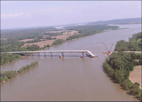 The collapsed bridge on I-40 over the Arkansas River near Webbers Fall in 2002