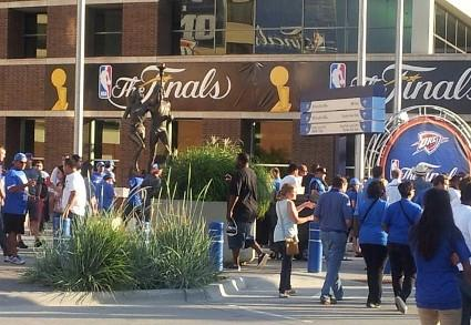 Crowds gather outside the OKC Chesapeake Arena.