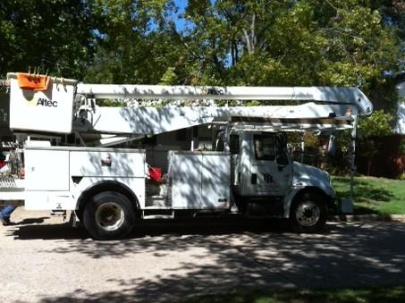Power crews from Mississippi are working to restore service in a south Tulsa neighborhood.
