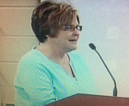 Linda Hendrix with the Tulsa Classroom Teachers Association addresses the Tulsa School Board.