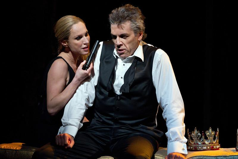 "Nadja Michael as Lady MacBeth and Thomas Hampson as the title character in Verdi's ""MacBeth"""