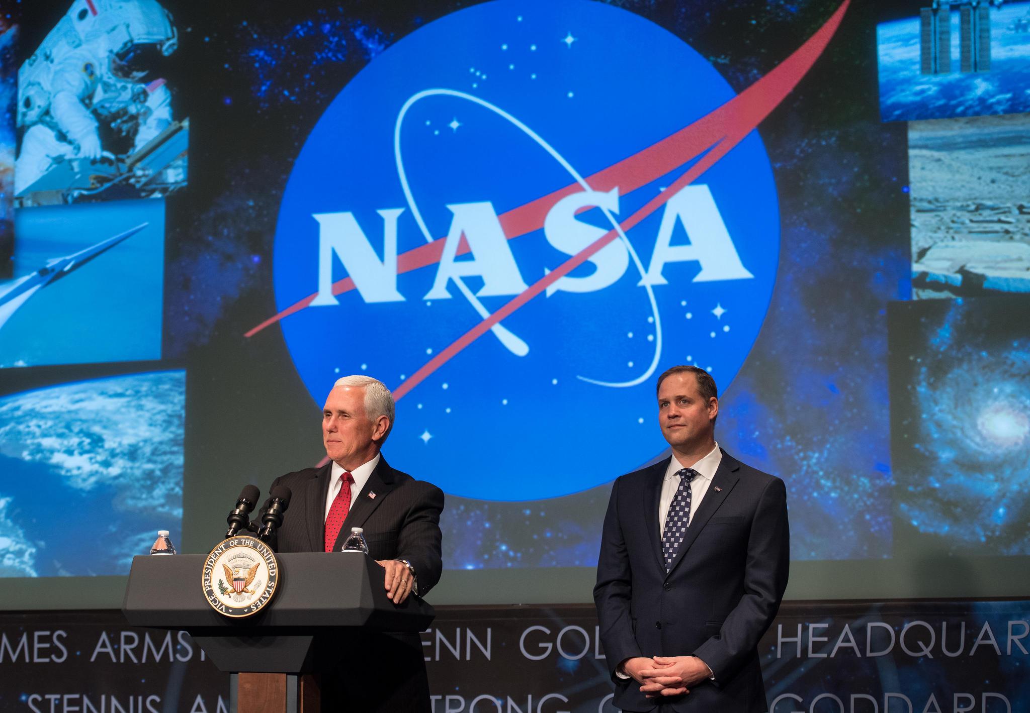 New NASA administrator sworn in