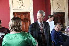 Libertarian Vice-Presidential Candidate Jim Gray speaks with supporters in St. Louis on Nov. 4, 2012.