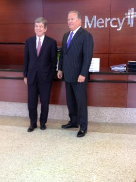 Senator Roy Blunt and Donn Sorensen of Mercy Hospital