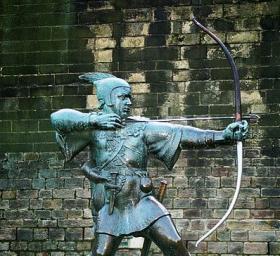 Robin Hood statue in Nottingham, England
