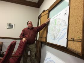 St. Louis City Streets Director Todd Waelterman testifies before the Board of Aldermen's Streets Committee.