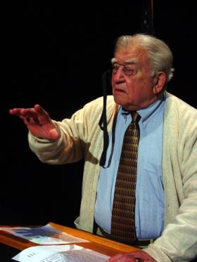 Actor Ed Asner in the role of FDR.