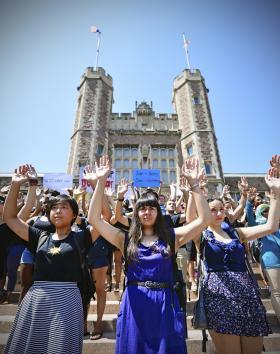 Washington U. students in front of Brookings Hall.