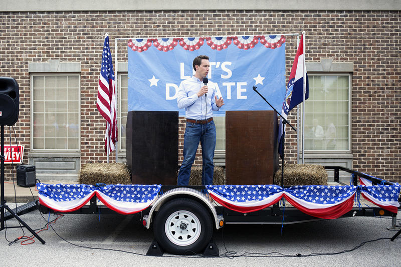 Attorney General Josh Hawley speaks at a Missouri GOP office in south St. Louis County on Aug. 30, 2018.