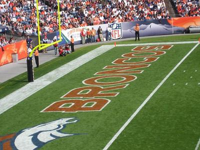 The field of play for the Denver Broncos, the team of Laurence Maroney, seen here in 2008. (via Flickr/Julio Enriquez)