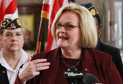 As veterans stand near, Sen. Claire McCaskill (D-Mo) unveils her new program, Veterans Healthcare Expirence Program (VHEP),  that is intended to improve healthcare at the John Cochran Medical Center in St. Louis on Feb. 22, 2011.  (UPI/Bill Greenblatt)