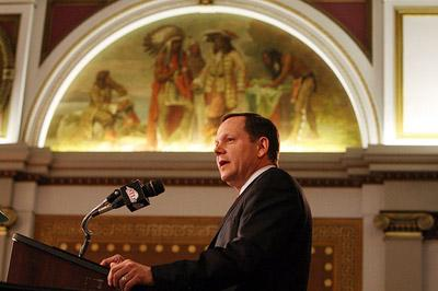 St. Louis Mayor Francis Slay delivers his annual State of the City report to the St. Louis Board of Aldermen at City Hall in St. Louis on April 25, 2008. Slay spoke out today about local control of St. Louis' police department. (UPI/Bill Greenblatt)