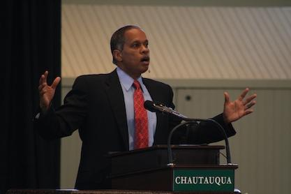 Juan Williams, shown here speaking at the Chautauqua Institute in 2007, repeated his call during an availability with reporters in St. Louis yesterday for the federal defunding of NPR.