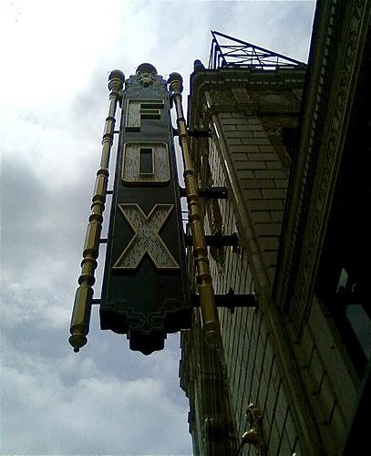 "A small fire at the Fox Theatre Sunday morning caused minor damage and no injuries, but forced the cancellation of the day's performances of ""Jersey Boys."""