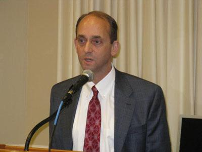 Missouri State Auditor Tom Schweich at today's press conference regarding the financial records.