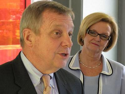 Illinois Democratic Sen. Dick Durbin (l) signed on to a letter drafted by Missouri Democratic Sen. Claire McCaskill (r) to the Federal Trade Commission. The letter calls for an investigation of U.S. oil refiners in relation to price fixing.