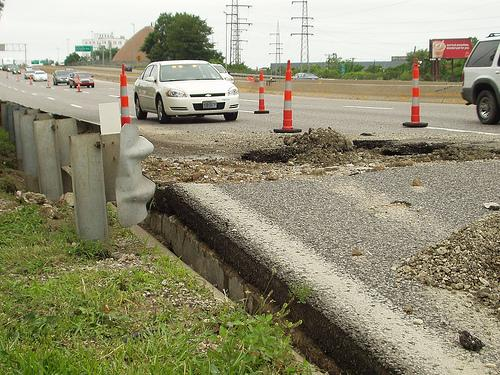 A collapsed 10 foot by 15 foot sewer line did serious damage to eastbound Interstate 70 at Shreve.