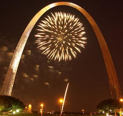 Fireworks light up the St. Louis Arch.