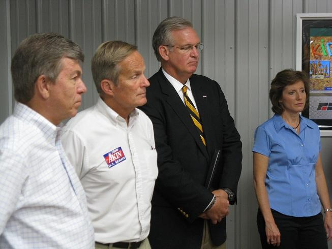 (l-r) Mo. U.S. Senator Roy Blunt (R), Mo. Congressman Todd Akin (R), Mo. Gov. Jay Nixon (D), Mo. Congresswoman Vicky Hartzler (R); they talked about the need to make flood control the top priority along the Missouri River.