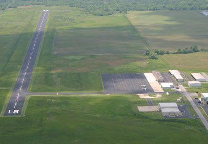 St. Clair County on Thursday renegotiated a deal with a Wall Street investor who wants to build a warehouse at MidAmerica Airport in Mascoutah, Ill.