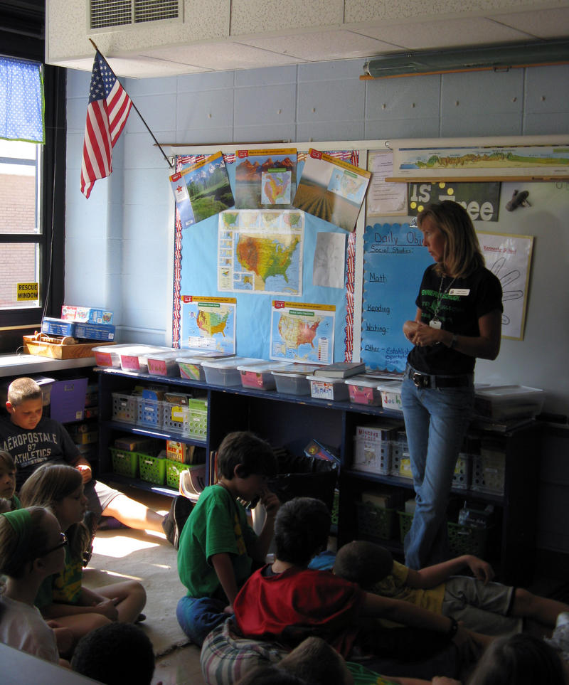 Debbie Sobeck and her fifth grade class at Kennerly Elementary School discussing the events of Sept. 11.
