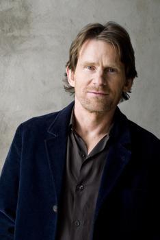 Composer Steven Mackey.