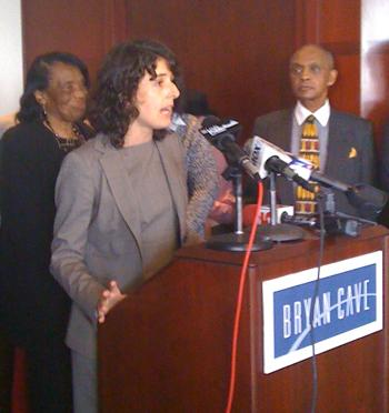 Olga Akselrod with New York-based The Innocence Project speaking during a press conference at the Bryan Cave law firm Monday, Sep. 26, 2011. Akselrod and other attorneys for 55-year-old George Allen Jr. say new DNA evidence proves he is innocent.
