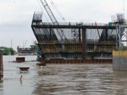 The Mississippi River Bridge under construction. The Metro East Black Contractors Organization is suing the Illinois Department of Transportation for racial discrimination.