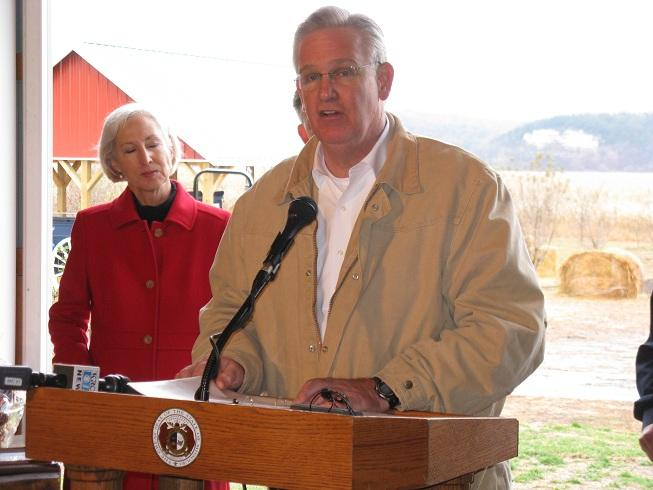Mo. Gov. Jay Nixon (D) discusses the possibility of joint state/county-run parks and other issues at a press event today in Callaway County.