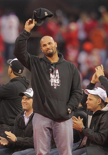 The Cardinals have submitted an offer to Albert Pujols that isworth, reportedly, $220 million for 10 years.