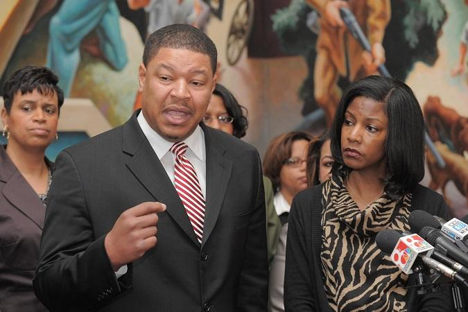 (l-r) State Rep. Steve Webb (D, North County) and Tishaura Jones (D, St. Louis) speak out against GOP-sponsored bills that would redefine workplace discrimination in Missouri.