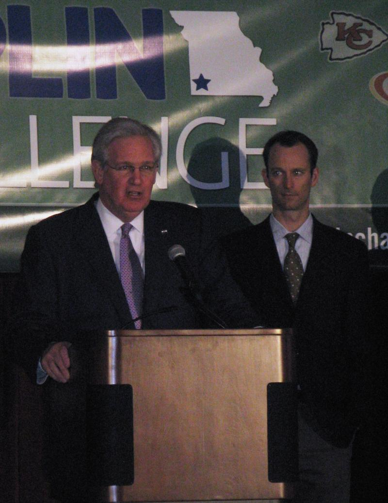 Governor Jay Nixon (left) outlined his challenge to Missouri sports teams to help rebuild Joplin.