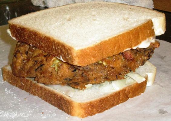 A St. Paul Sandwich, St. Louis' chop suey specialty.