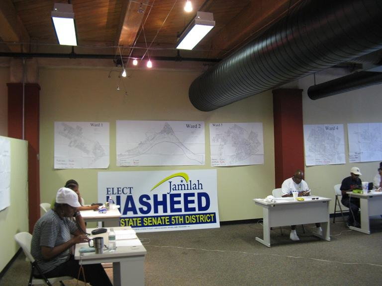 Volunteers for Jamilah Nasheed work the phones in an effort to get voters to the polls on Aug. 7.
