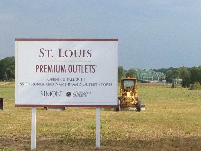 The construction site for the new St. Louis Premium Outlets is directly off of Highway 40/I-64, just east of the Daniel Boone bridge.