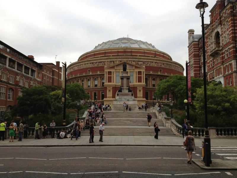 Concertgoers lining up for the St. Louis Symphony performance at Royal Albert Hall on Sept. 4, 2012.