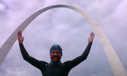 Dave Cornthwaite Complete Swim in St. Louis