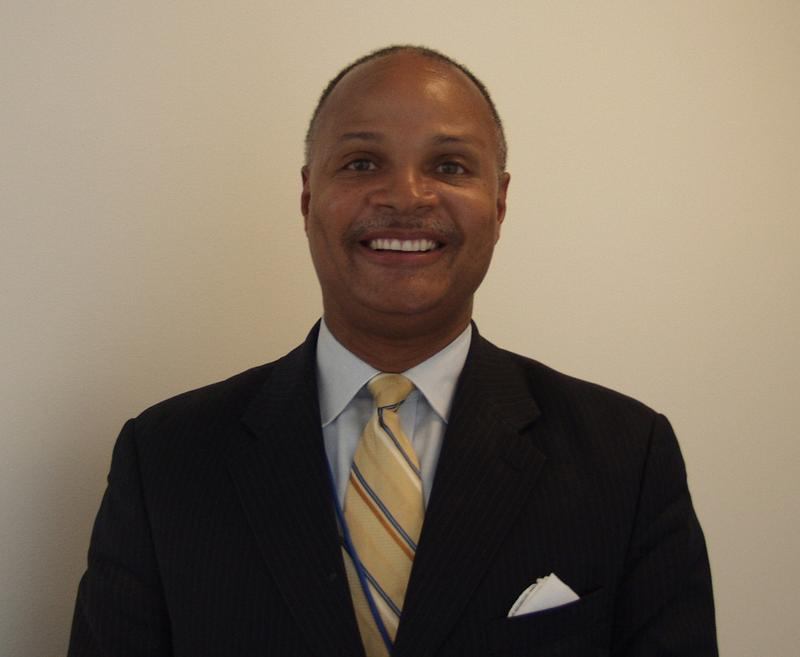 former East St. Louis mayor Alvin Parks Jr. has been appointed city manager.