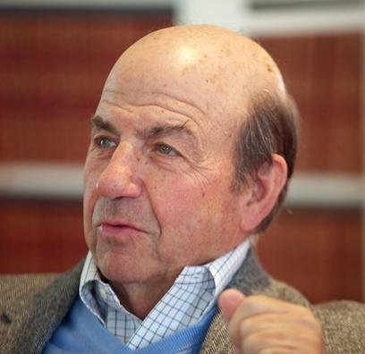 Author and Kansas City native Calvin Trillin