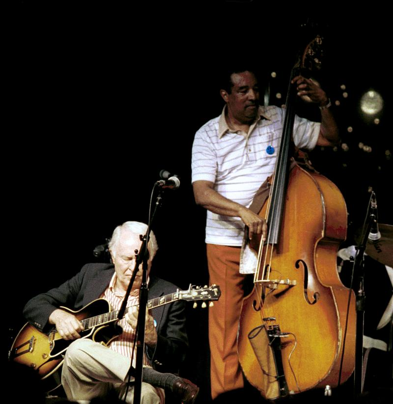 Herb Ellis (g) and Ray Brown (b)