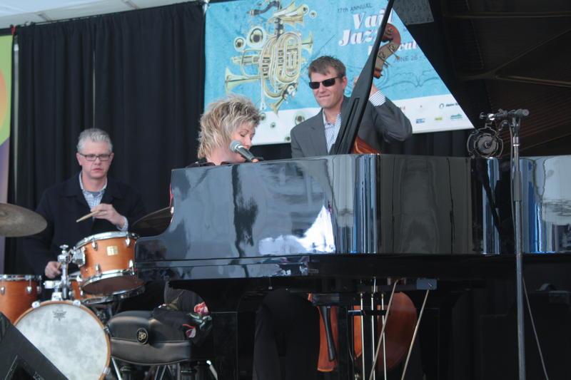 Dena DeRosa Quartet-2011