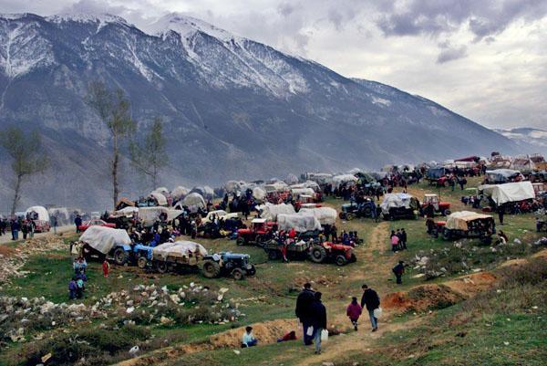 St. Louis Post-Dispatch coverage of Kosovo, photo taken in Kosovo (1999)