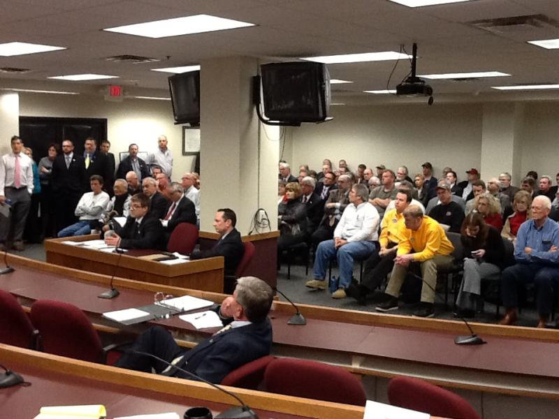 A near standing-room-only crowd listens to testimony on HB 77, which would make Missouri a right-to-work state.