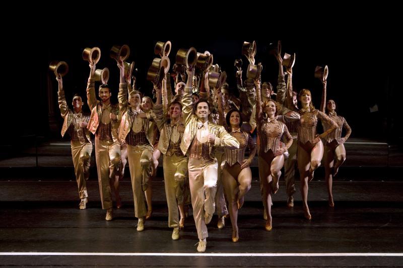 'A Chorus Line' Hats Up Finale