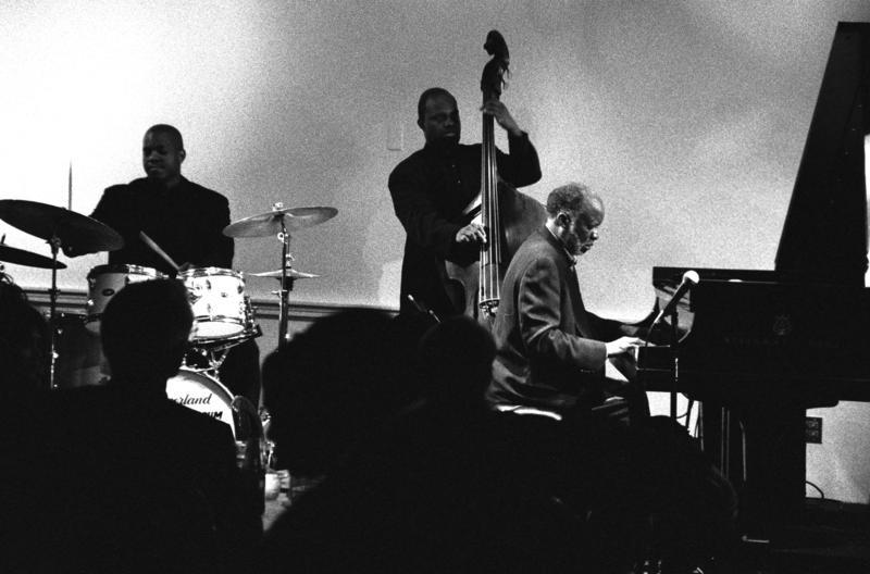 Ahmad Jamal Trio-2001