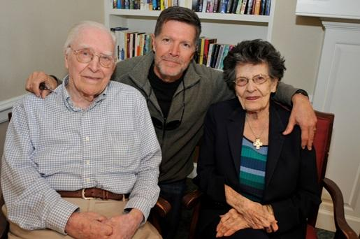 Stone Phillips along with his parents, Vic and Grace Phillips