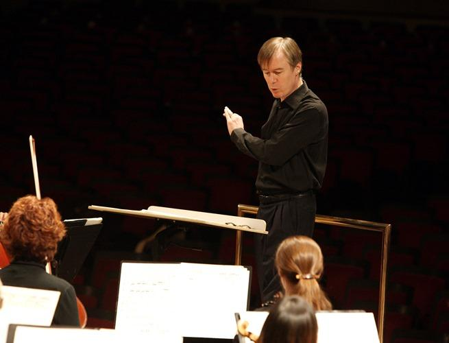 St. Louis Symphony Music Director David Robertson