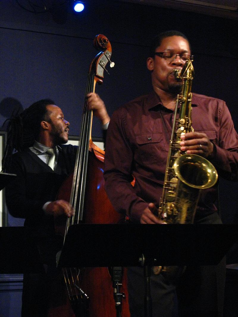 Ed Sanders (b) Ravi Coltrane (ts)-2012