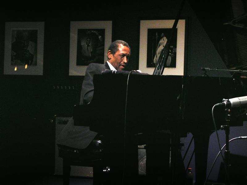 John Hicks-2003