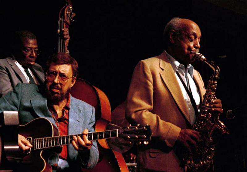Major Holley (b) Barney Kessel (g) Benny Carter (as)-1989